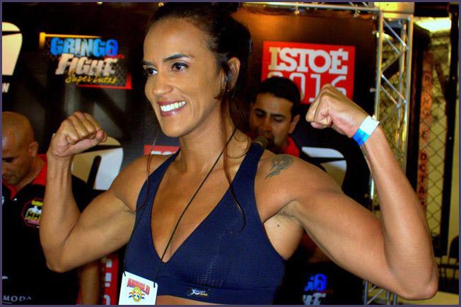 Erica Paes 02