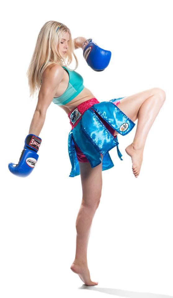 Christi Brereton, Muay Thai Champion, high knee