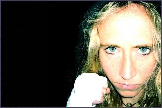 Juliette Winter 02