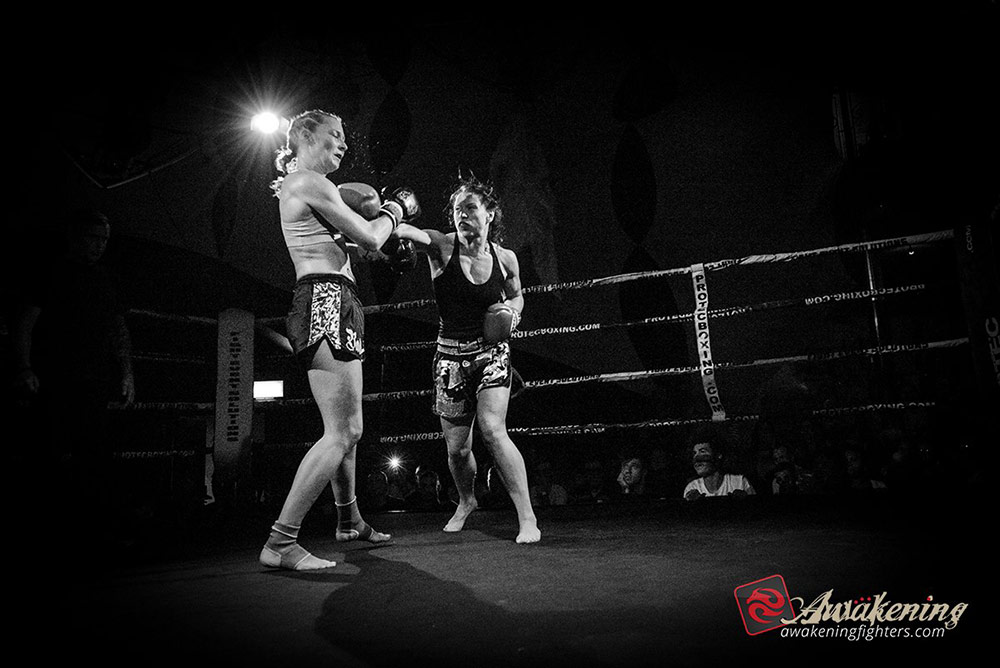 Kerry Hughes punches Vicky Church Sep 20 2015